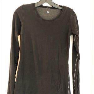 Long sleeve reversible lululemon shirt